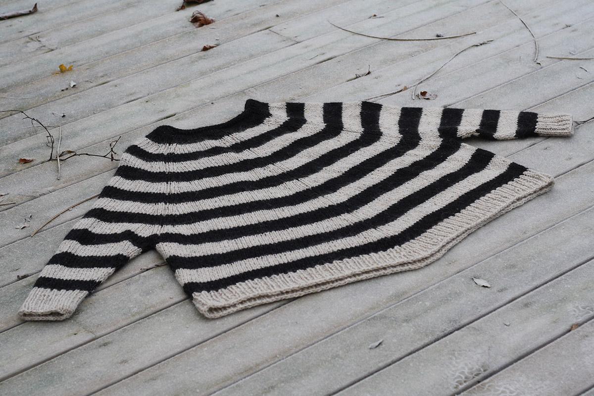 strikkeopskrift poncho fra arvingerne