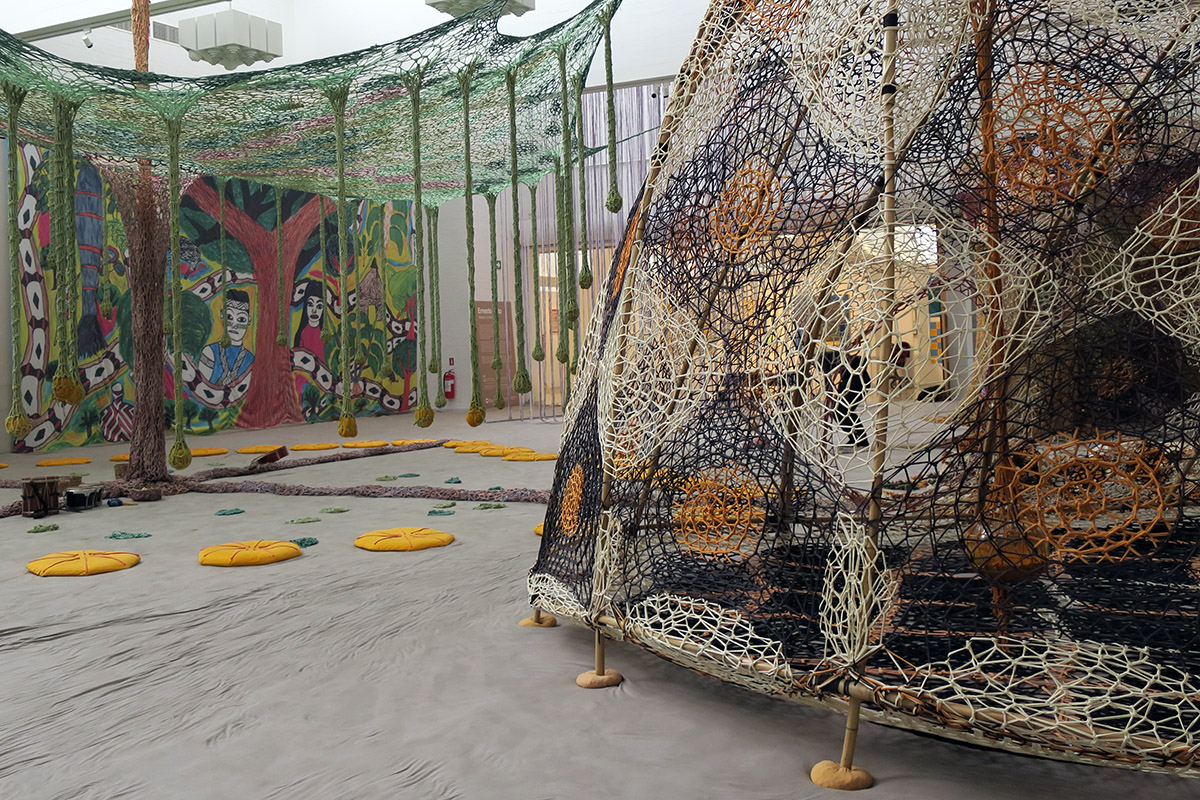 Ernesto Neto - Rui Ni / Voices of the Forest